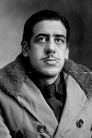 Óscar Domínguez.