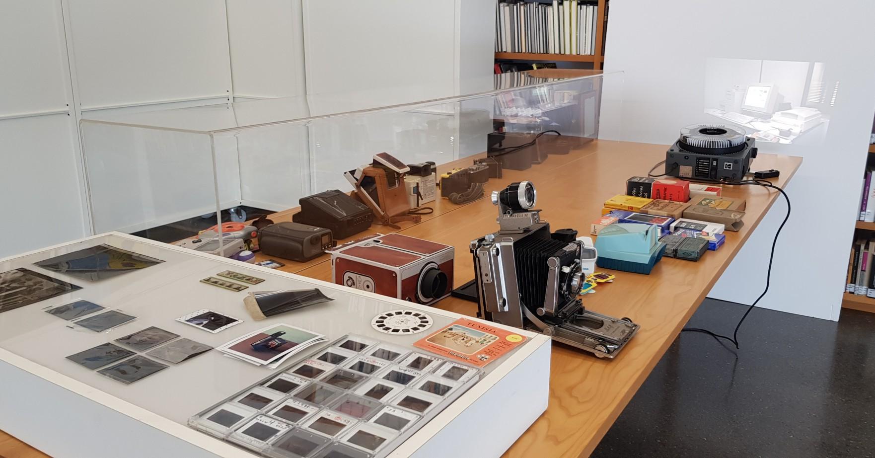 'Artefactos, cámaras y sociedad'