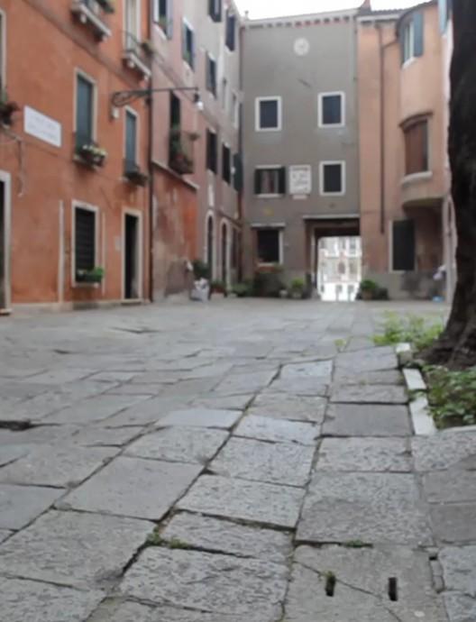 'Limite' y 'Come to Venice'