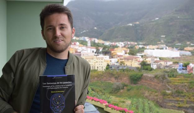 TEA acoge la presentación  del libro 'Los fantasmas de los guanches', de Roberto Gil Hernández