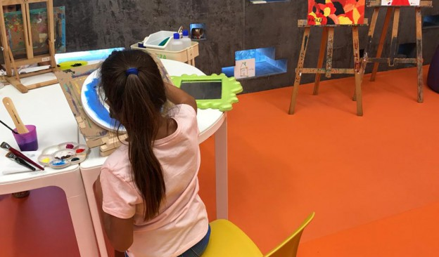 El espacio MiniTEA reabre su taller, un lugar dedicado al trabajo plástico libre y creativo