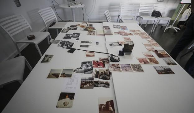 Pilar Monsell imparte un curso sobre edición analógica colectiva en el marco de Fotonoviembre