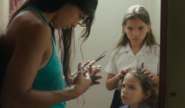 TEA proyecta 'El despertar de las hormigas', ópera prima de la directora Antonella Sudasassi