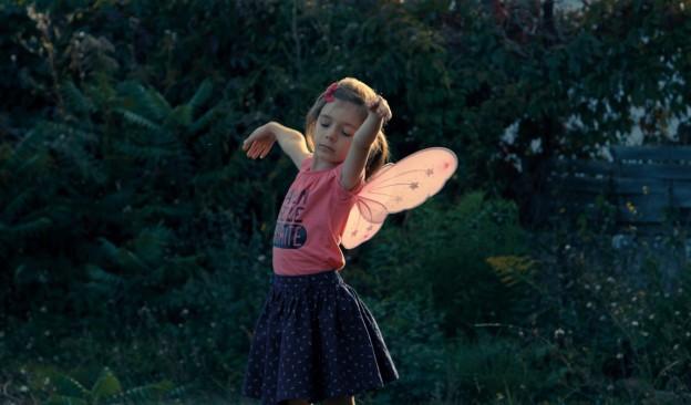 TEA proyecta este fin de semana 'Una niña', un conmovedor documental de Sébastien Lifshitz