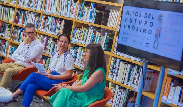 La Bienal Internacional de Fotografía Fotonoviembre invita con 'Mitos del futuro próximo' a reflexionar sobre la imaginación civil
