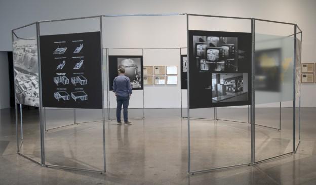 Última semana para poder visitar en TEA la exposición 'Como ningún lugar en la Tierra'