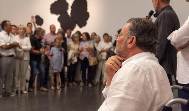 El artista Gonzalo González ofrece en TEA una visita guiada a la exposición 'Estar aquí es todo'