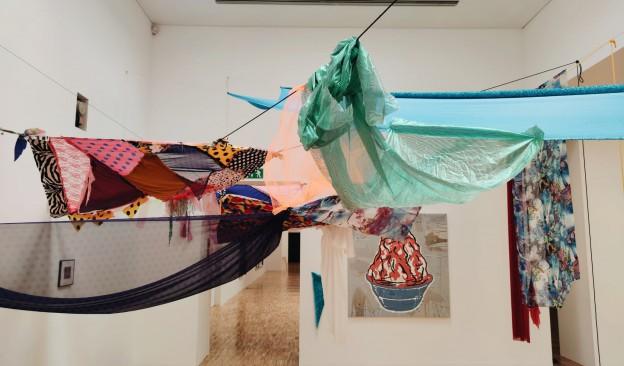 Juana Fortuny expone en TEA 'Me quieres no me quieres', una obra que reflexiona sobre las relaciones